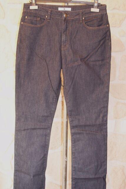 Jeans bleu foncé rinse neuf taille 44 marque Emma et Caro étiqueté à 135€ (v)