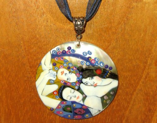 Colgante De Concha Klimt la doncella virgen REPRO Pintado a Mano Regalo de labios negra ruso