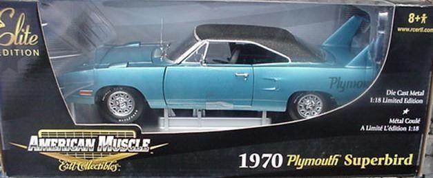 1970 Plymouth Superbird blu Fire Poly 1 18 Ertl American Muscle 39399