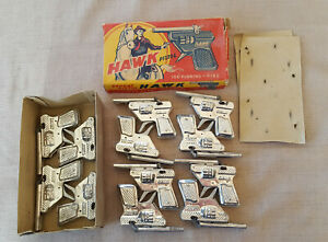 vintage-complete-box-12-Hawk-Pistols-Pepeat-High-Class-100-Running-Fire-toy
