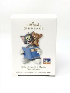 Hallmark-Keepsake-2010-Tom-and-Jerry-How-to-Catch-a-Mouse-Tree-Ornament