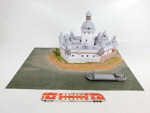 CE170-4-Spur-N-Diorama-Burg-Pfalzgrafenstein-mit-Schiff-im-Rhein-Papier-Modell