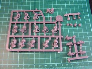 Space-Marine-Grey-Knight-Terminator-Arms-Hands-and-Storm-Bolters-bits-40K-GW