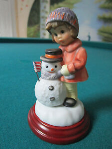 GOEBEL-STAR-SPANGLE-BANNER-SNOWMAN-FIGURINE-3-3-4-034-NIB-NIB5