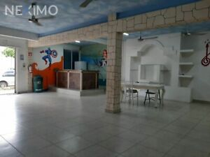 Renta de Local sobre av Juarez