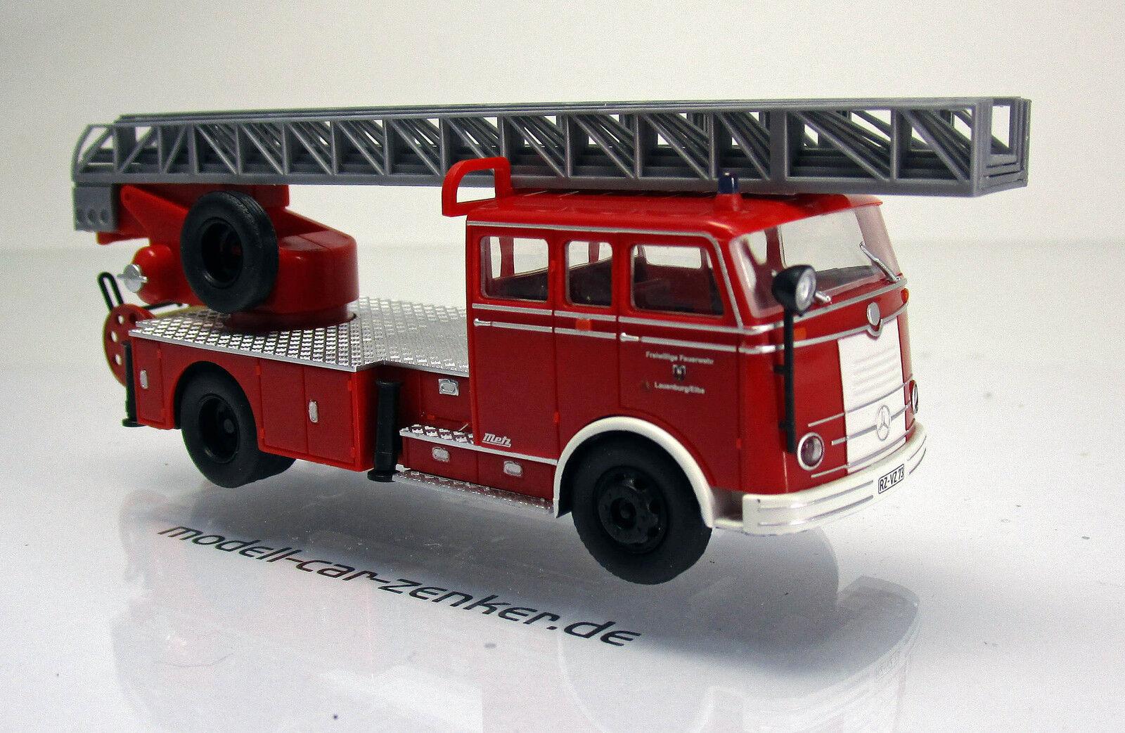 Heico HC 2028 Mercedes Benz Pullmann Feuerwehr DL 30 Feuerwehr Lauenburg 1 87  | Smart