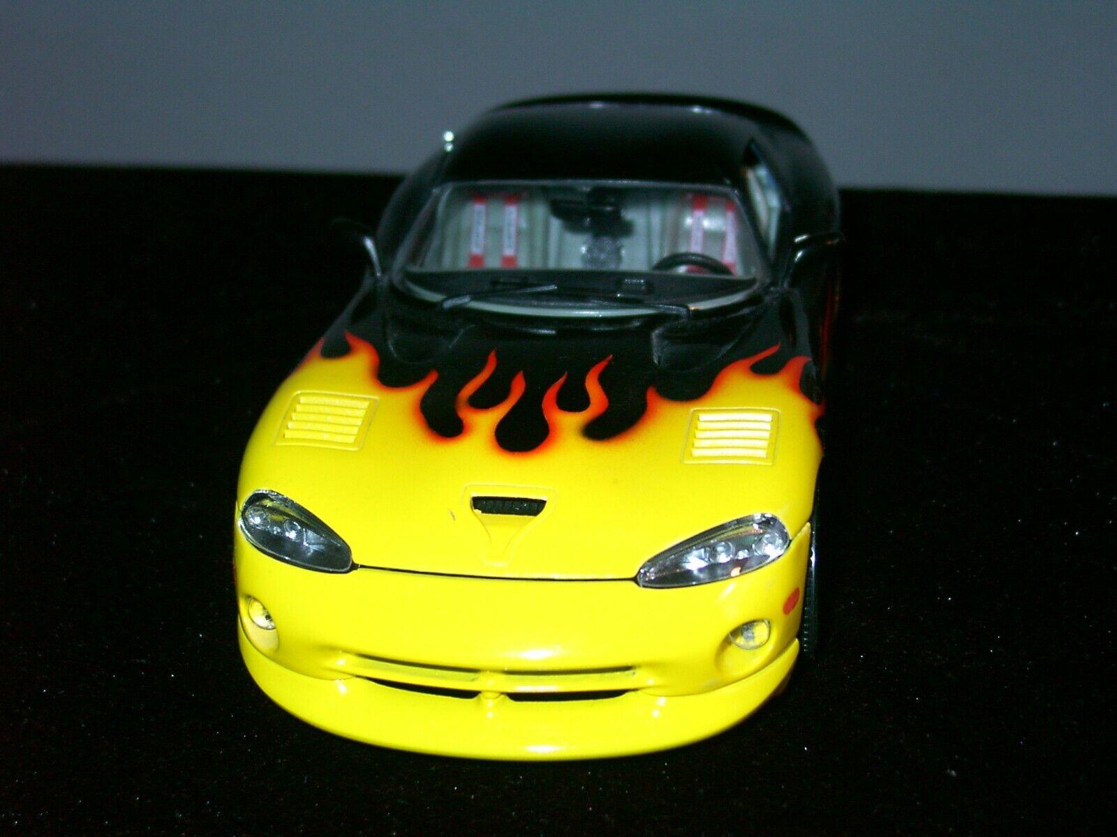I-Bburago auto dodge viper gts Coupe-amarillo negro - 1 18 vitrinas modelo