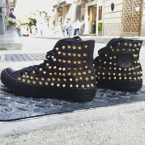 goujons monochrome à pointe avec des dorée personnalisé Allstar Converse noir ax6qZYa