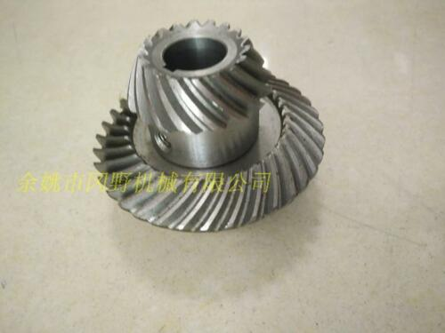 1 pair Spiral bevel gear for milling machinery lifting