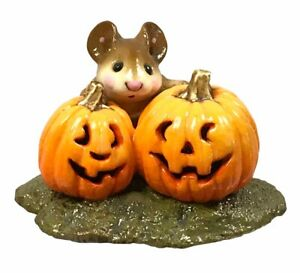 Wee-Forest-Folk-PEEK-A-BOO-Mouse-Figurine-Halloween-M-183-With-Box