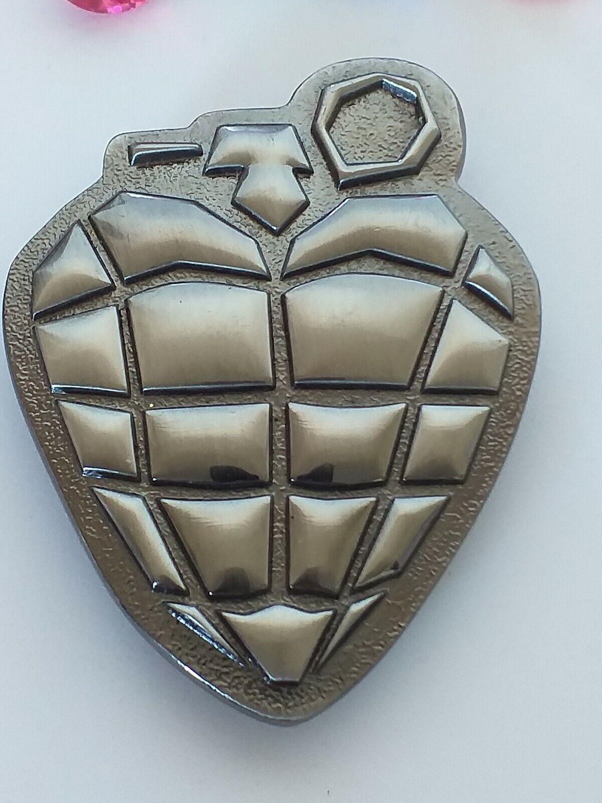 2004 Reprise Records hand grenade belt buckle