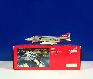 Distingué Herpa Wings 1:200 - 555692 Phantom Ii Usmc Vmfa - 232 Red Les Diables Mcdonnell F-4j-afficher Le Titre D'origine