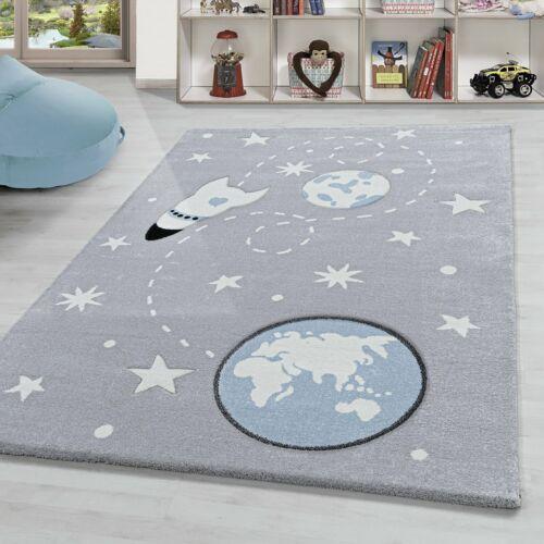 Kinderteppich Weltraum mit Raumschiff Planeten und Sterne muster Silber Weiß