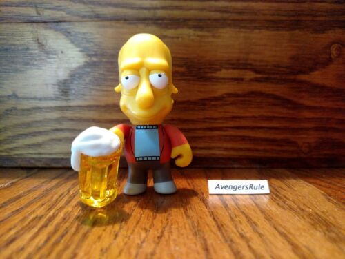 The Simpsons Moe/'s Tavern KidRobot Vinyl Mini Series 2//24 Larry