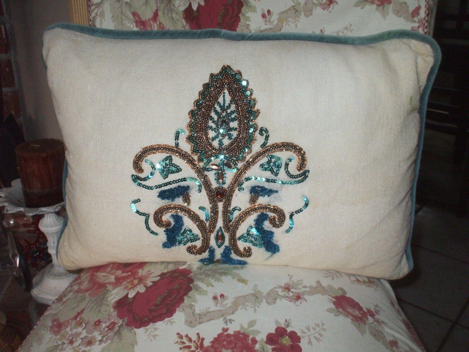 Pier 1 magnifique Beige Perles bijoux en velours à sequins Torquoise or Decorative Pillow