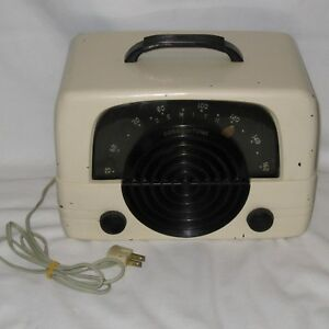 Vintage-1940-039-s-Zenith-Console-Tone-6D614W-Tube-Radio-Bakelite-Ivory-Color-Table