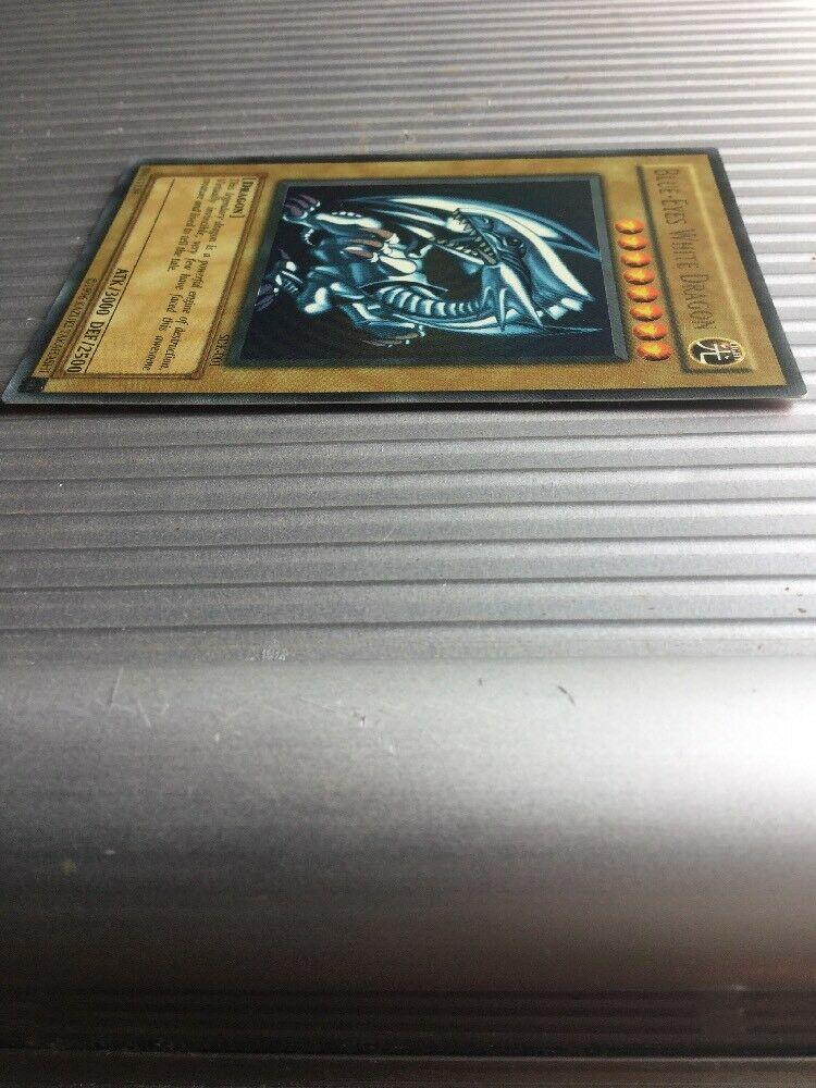 YuGiOh Edition bluee-Eyes White Dragon SDK-001 (Mint NM) Beautiful Card Card Card e46be9