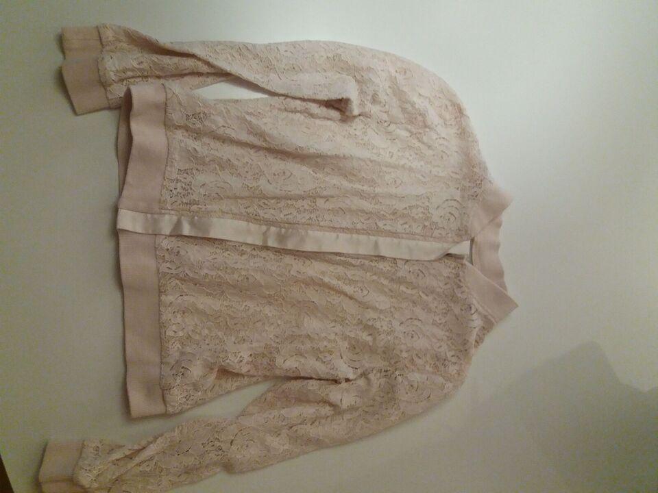 Blandet tøj, Kjoler, buksedragt