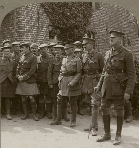 Sir James Willcocks & Gen Southey at Battalion HQ of Black Watch, Armentières