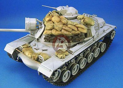 Legend 1/35 M48A3 Patton Medium Tank Sandbag Armor Set in Vietnam War LF1073