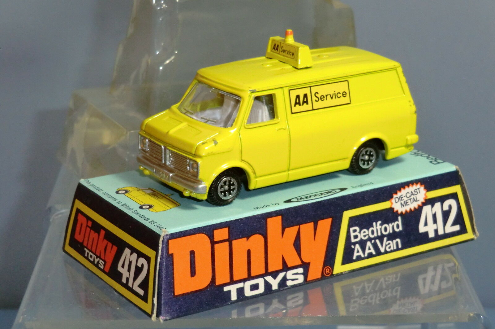 DINKY TOYS MODEL No.412 Bedford CF 'AA' VAN (Rare Lemon version) VN En parfait état, dans sa boîte | Conception Habile