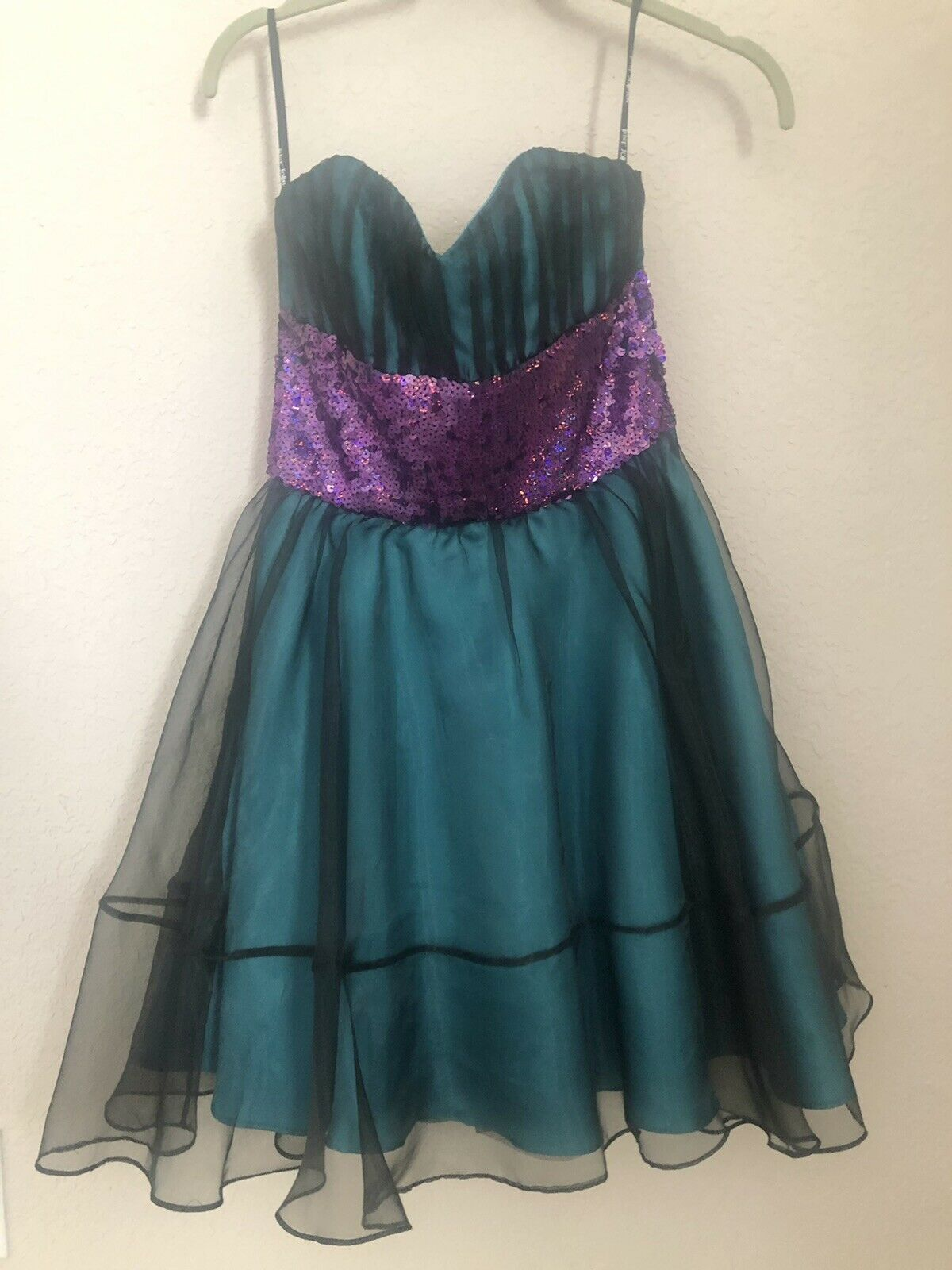 Betsey Johnson Evening Sequin Teal & Purple Strapless Dress Size 2 Formal Prom