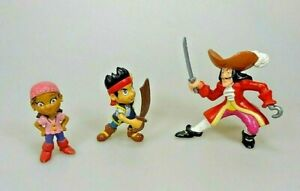 3-Figuren-Jake-und-die-Nimmerlandpiraten-Kaept-n-Hook-Jake-Izzy-Disney-Bully