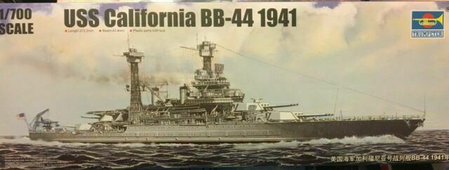 Trumpeter Military Assembly 05783 1//700 US California Model BB-44 .