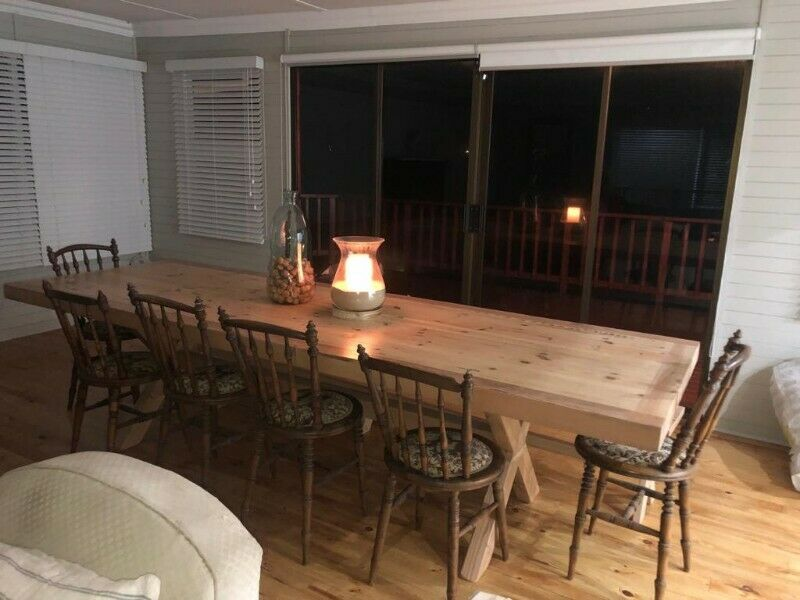 12 Seater Dinning Room Table 3m X 1m