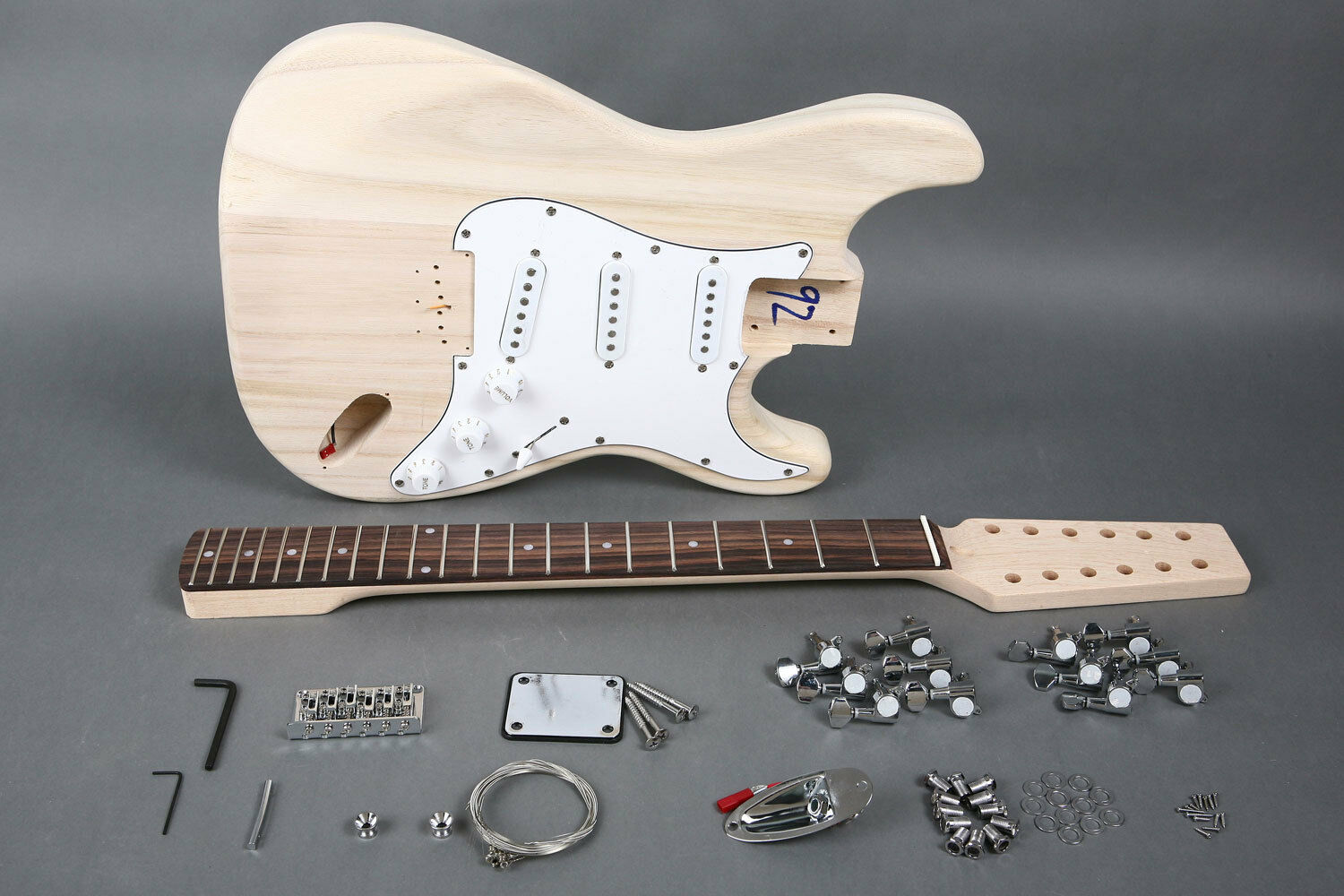 NEW 12 STRING STRAT STYLE DIY PREMIUM ELECTRIC GUITAR LUTHIER BUILDER KIT