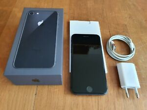 Apple-iPhone-8-256GB-Space-Grau-Erstbesitz-makellos