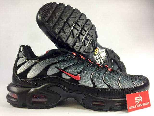 New NIKE AIR MAX PLUS TN CI2299 001 BlackUniversity RedWolf Grey Shoes c1