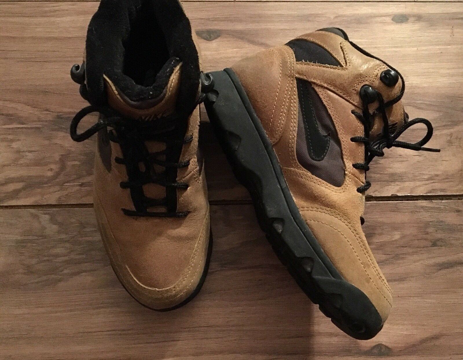 Vintage 90s 1994 Men's Nike Air ACG Boots shoes Size 6.5 940608-ID