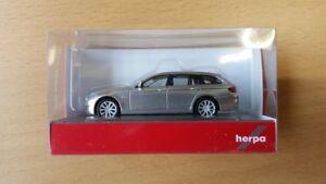 Herpa-034401-005-1-87-BMW-5Er-Touring-Glaciersilber-Metallic-Neu