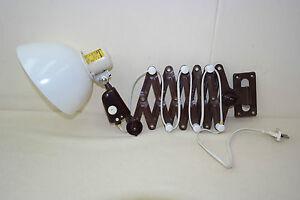 alte-VEB-Scherenlampe-Werkstattlampe-Art-Deco-Bauhaus-Schreibtischlampe-weiss