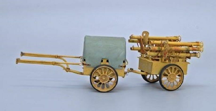 PLUS MODEL COMPLETE KIT GERMAN AMMUNITION CART IF.8 WWII Scala 1 35 Cod.PL265