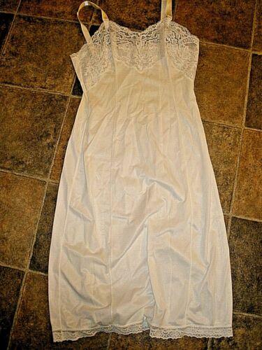Vintage Wonder Maid Full Length Slip Size 32