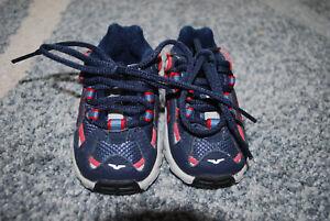 Das Bild wird geladen Jungen-Schuhe-Maedchen-Gr-17-Lauflernschuhe-NIKE- Babyschuhe-