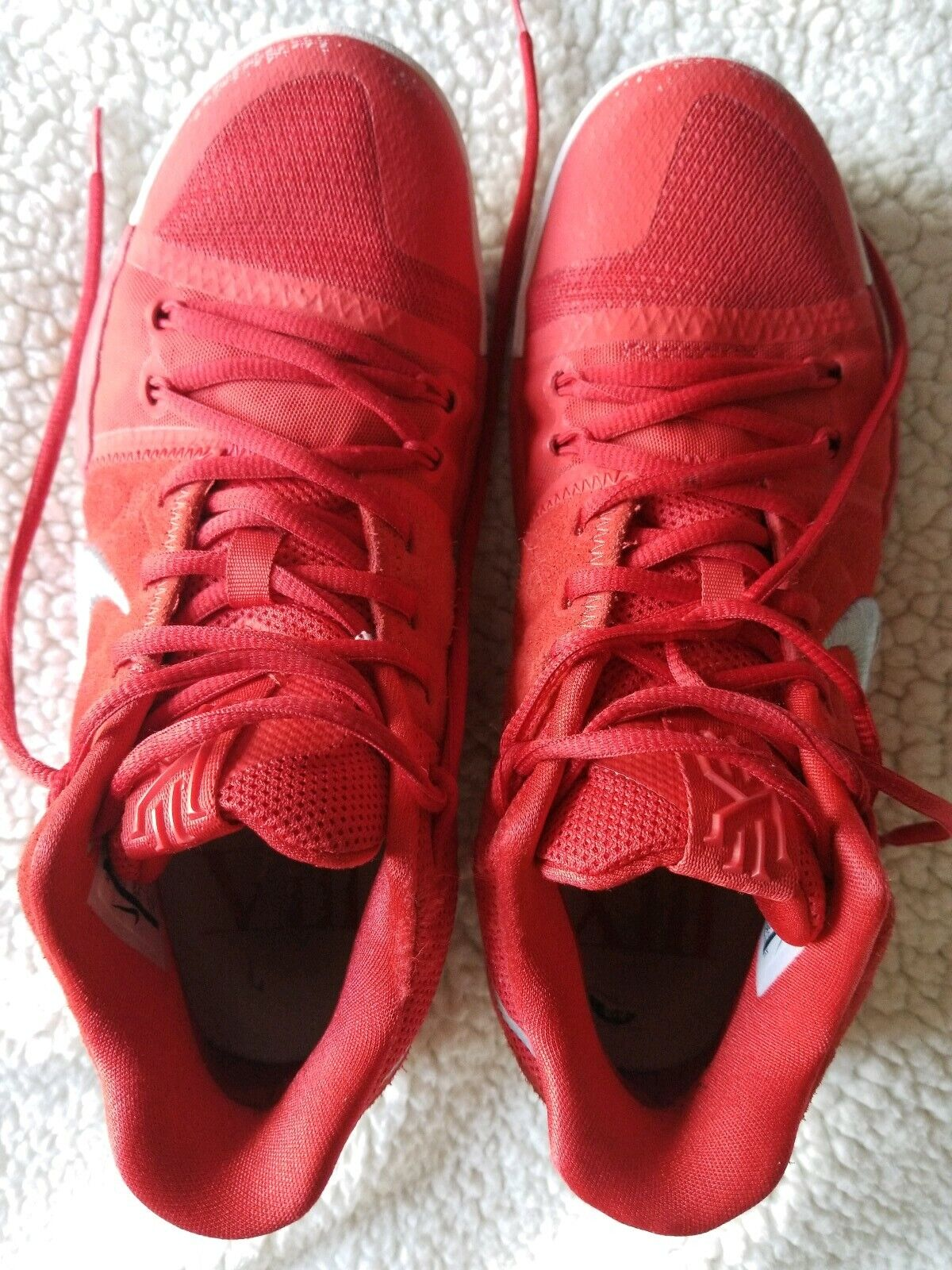 online store 1d48d d2ade Mens shoes size 8.5 pre owned Kyrie Irving 3 RED