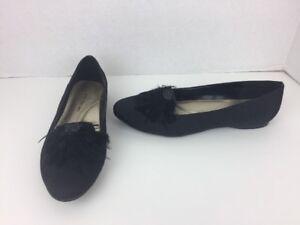 af3a566a2670d Women's Ann Marino Black Striped Ballet Flats w Feathers Size 8 M | eBay