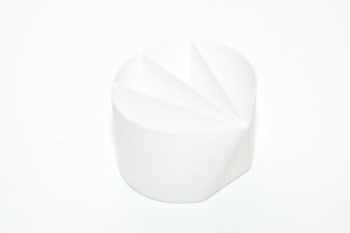 4-Compartment Divided Acrylic Paint Pour Cup Reusable Fluid Pour