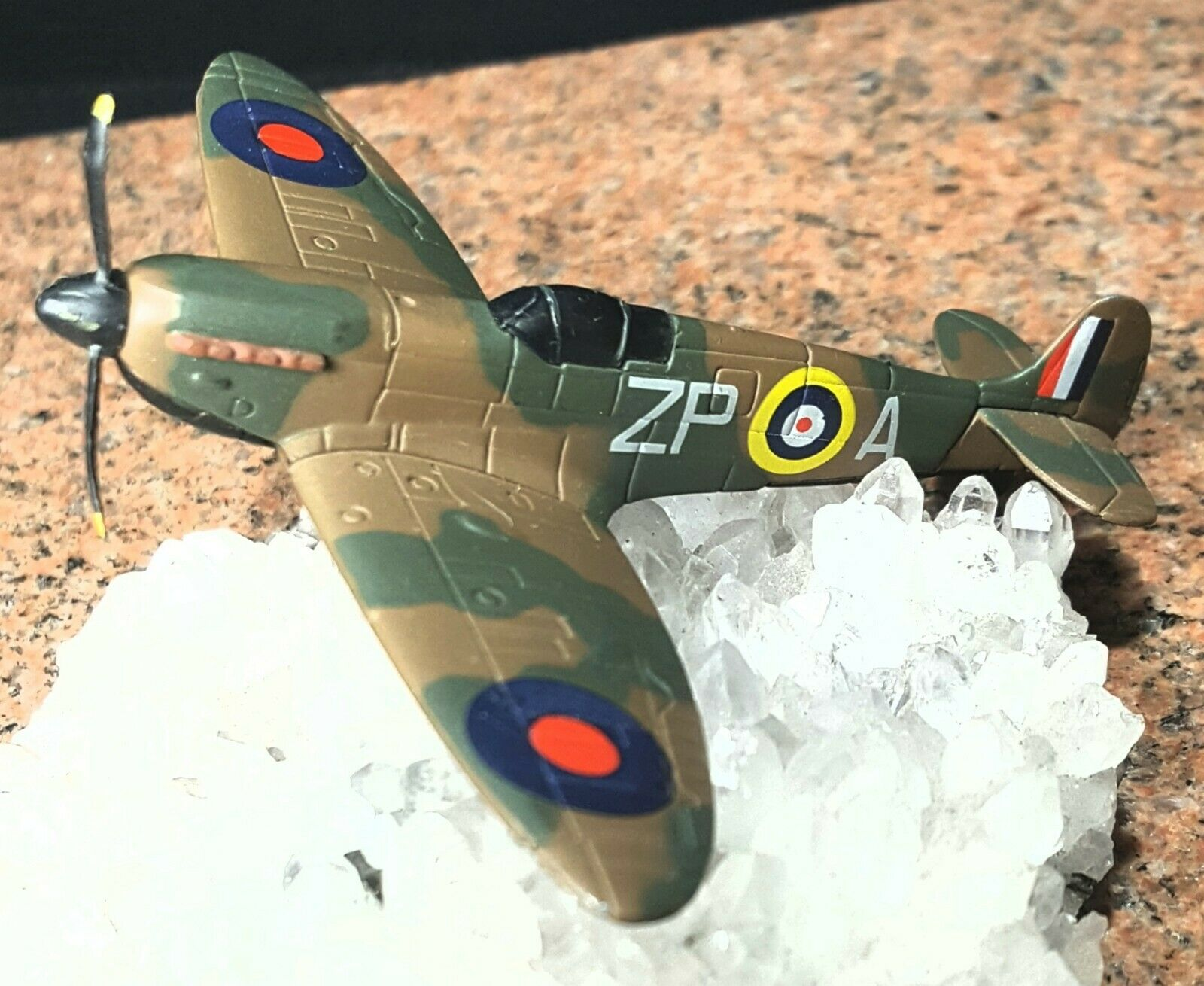 Corgi Spitfire Battle of Britain RARE Miniature Corgi showcase showcase showcase 662a39