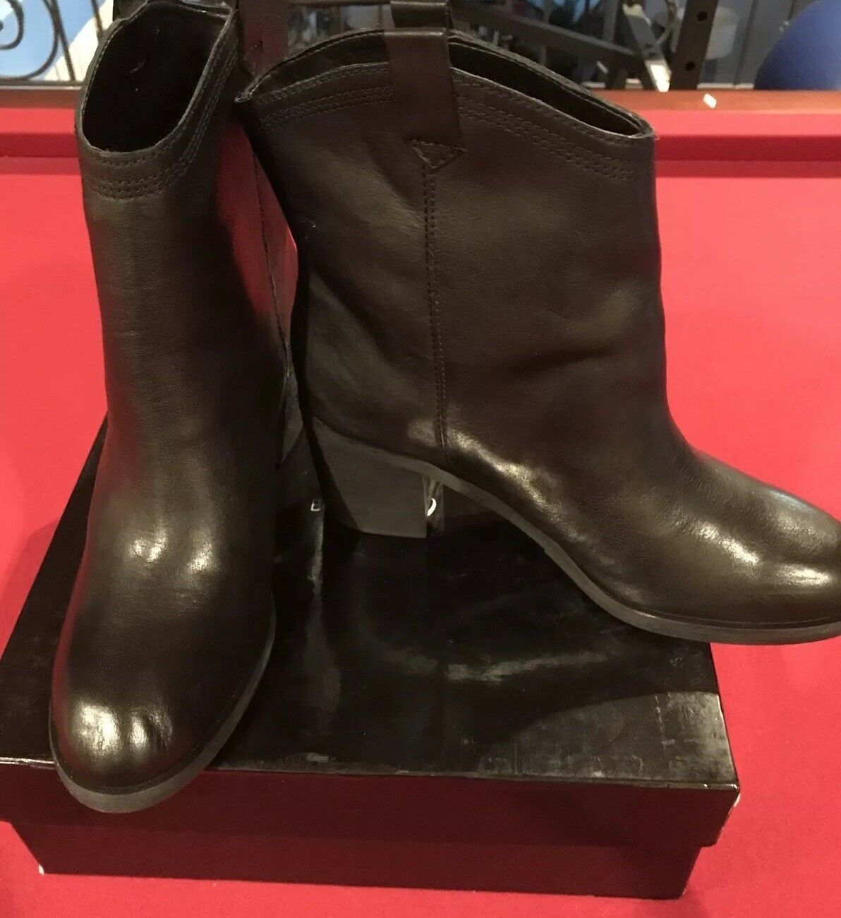 BOUTIQUE 9 CURAN NEW  195 SZ 8.5 M BLACK LEATHER ANKLE BOOTS WESTERN BOOTIES
