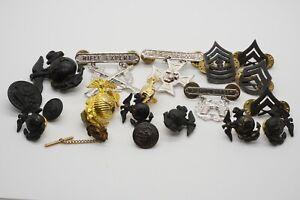 Korean - Vietnam War USMC EGAs, Pistol Expert Badges, Buttons Lot Of 19