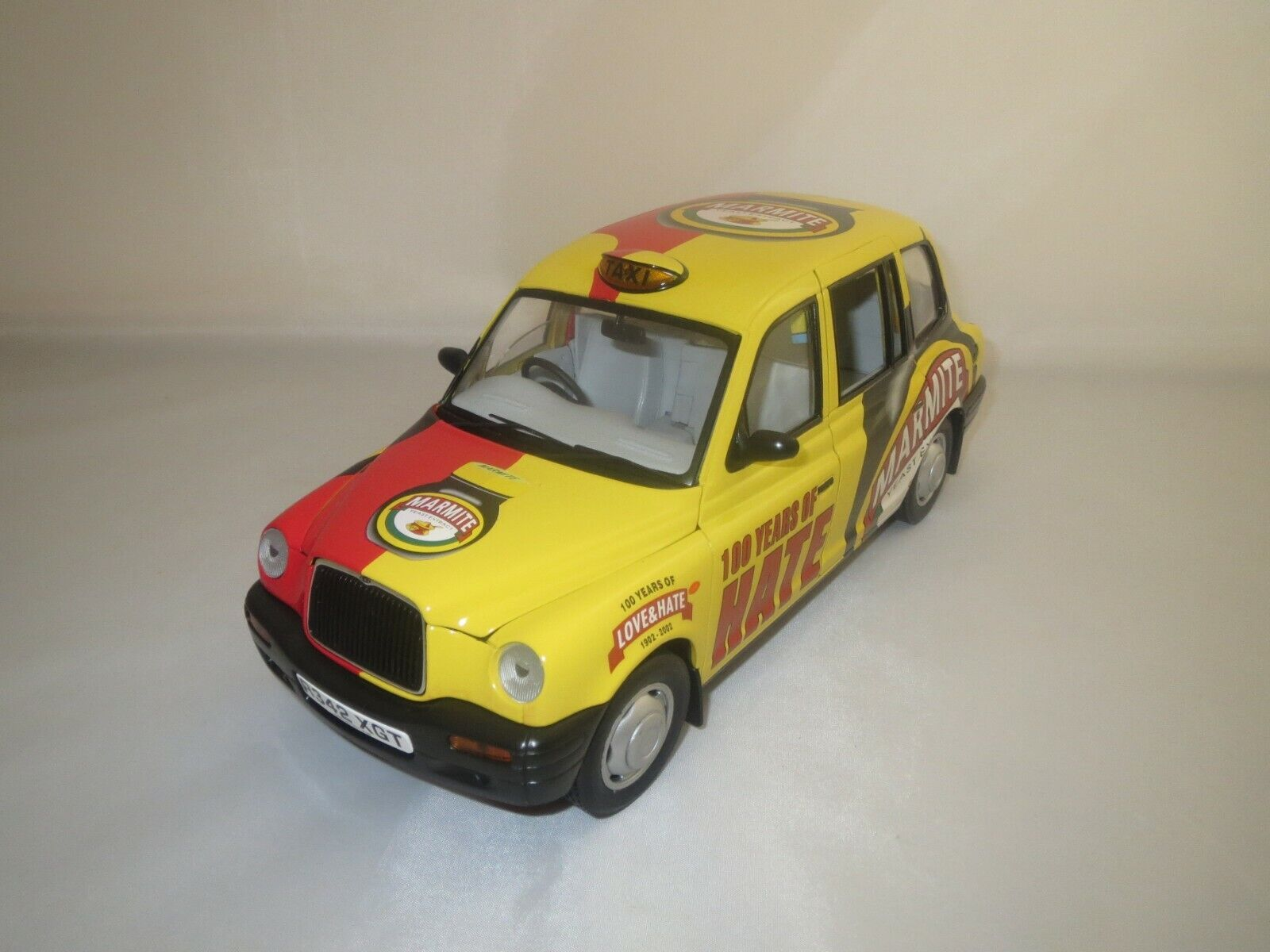 SUN STAR tx1 London Taxi Cab  1998  1 18 sans emballage