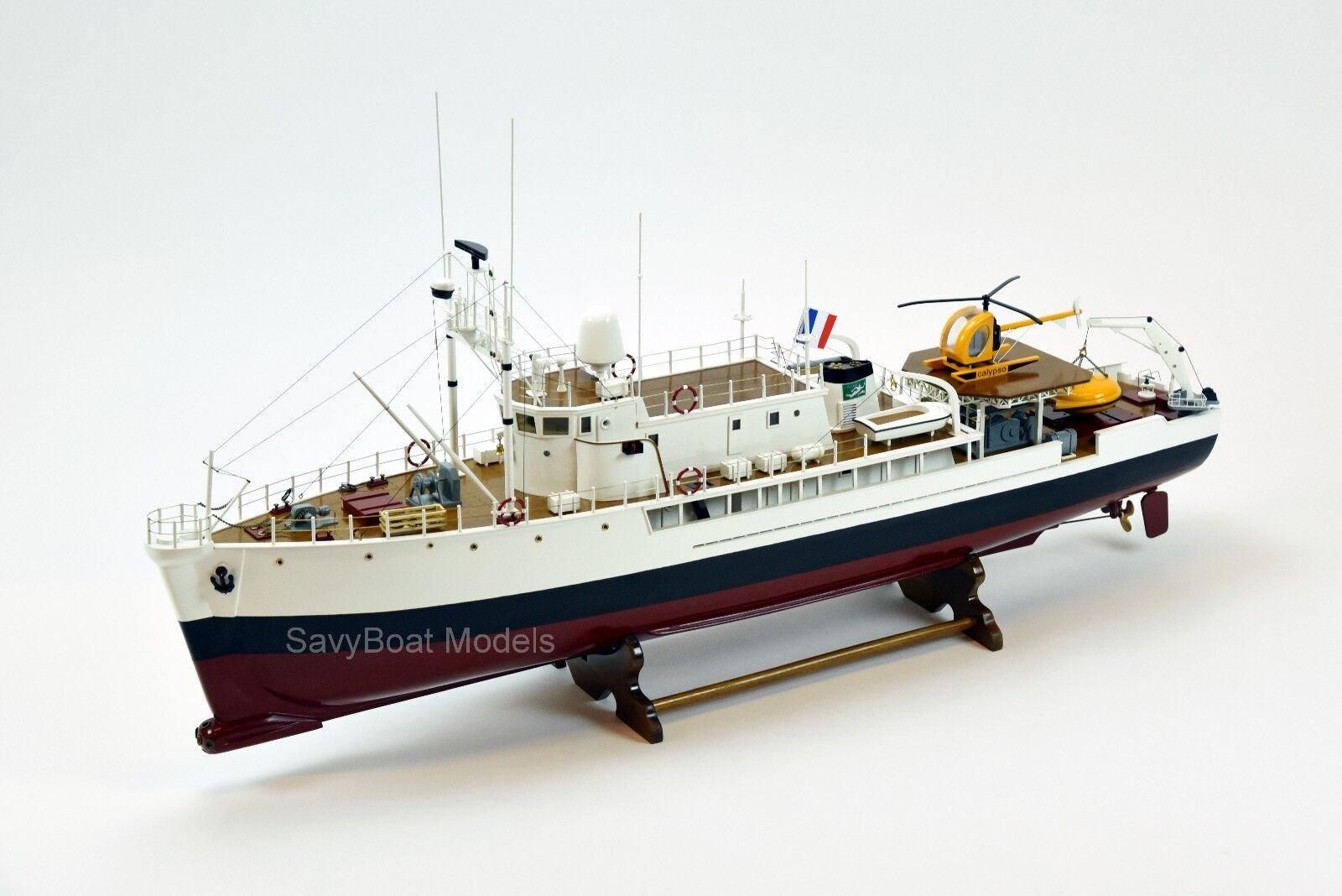 RV Research fkonstygs Calypso Handgjort träs Ship modellllerlerl med belysning 36