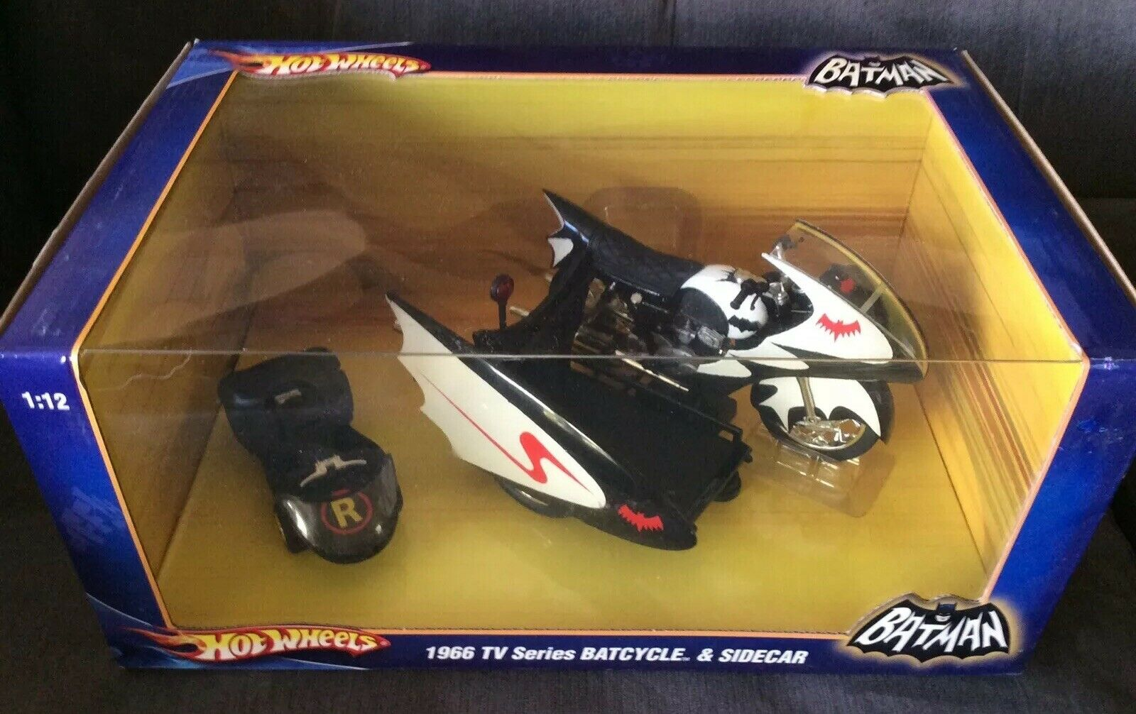 heiß WHEELS Diecast 1 12 Batman 1966 TV serie BATCYCLE Sidecar MIB Mint NEW 2009