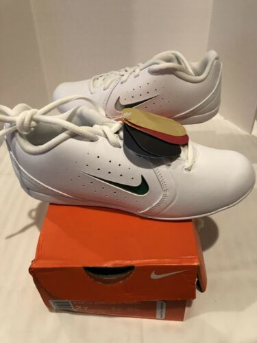 NIKE YOUTH 3 SIDELINE III CHEERLEADING SHOE Siz 9.5 MSRP $46.00 WHITE 652877 100