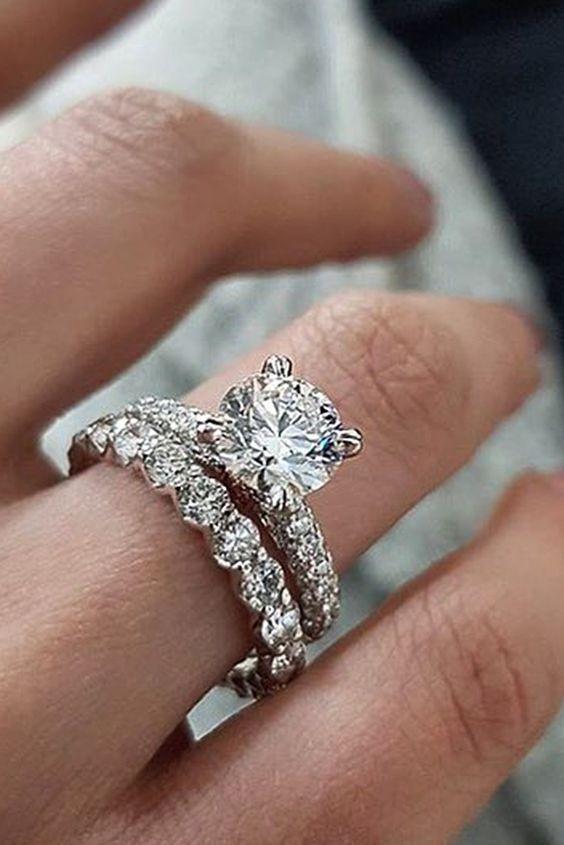 Certified 2.85Ct Round Moissanite Engagement in14K White gold Bridal Set Ring