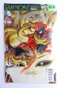 Batwoman-16-DC-Comic-2B8